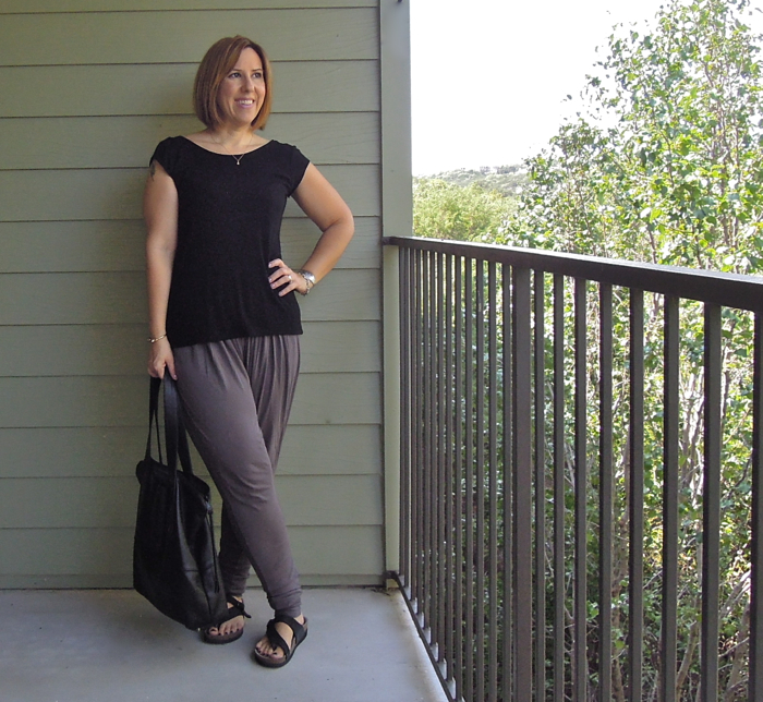 zara top, herff christiansen harem pants, mephisto helen sandals, fashion blogger outfit