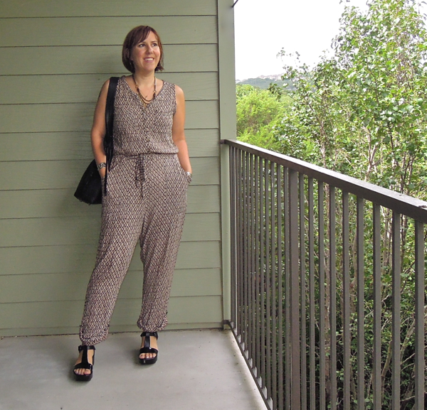 anthropologie darby ikat romper review, fashion blogger outfit, romper, robert clergerie pepo review, romper outfit