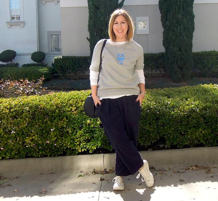 everlane review, everlane short-sleeve sweatshirt, black crane carpenter pants